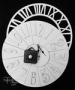 Andy Skinner Reversible Clock